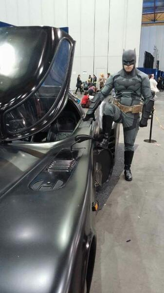 13 Batmobile 03